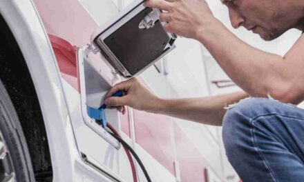 How to Use an Inverter in a Motorhome | Easy Steps and FAQs